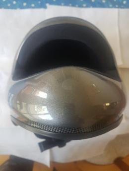 Helm - Ansicht vorne