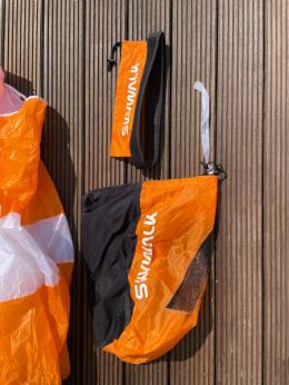 Inkl. Packsack und Klettband